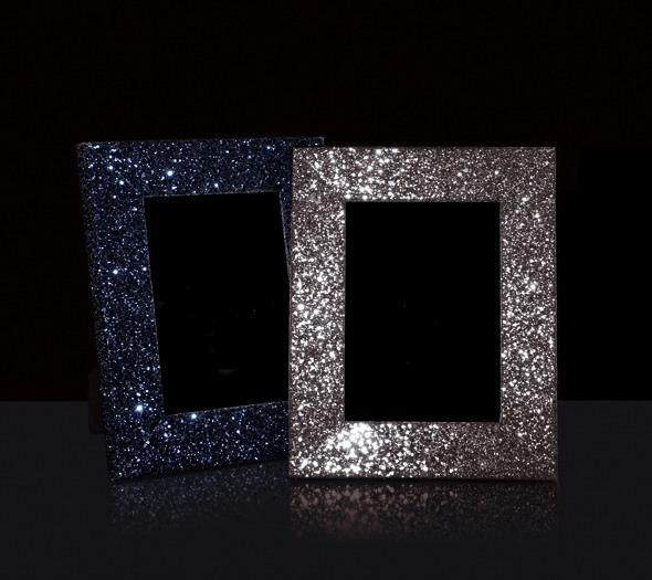 Frame glitter